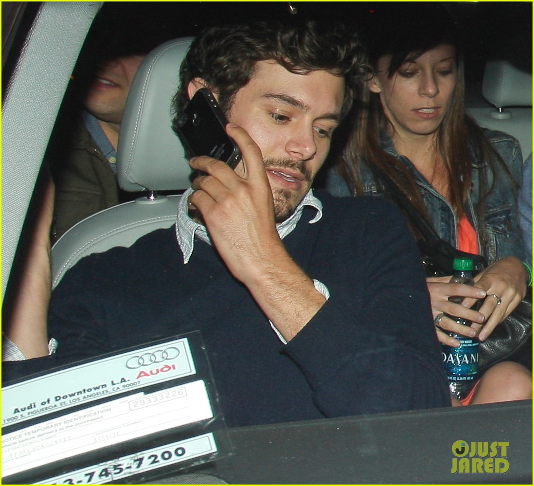 leighton meester adam brody arclight movie date with pals 04