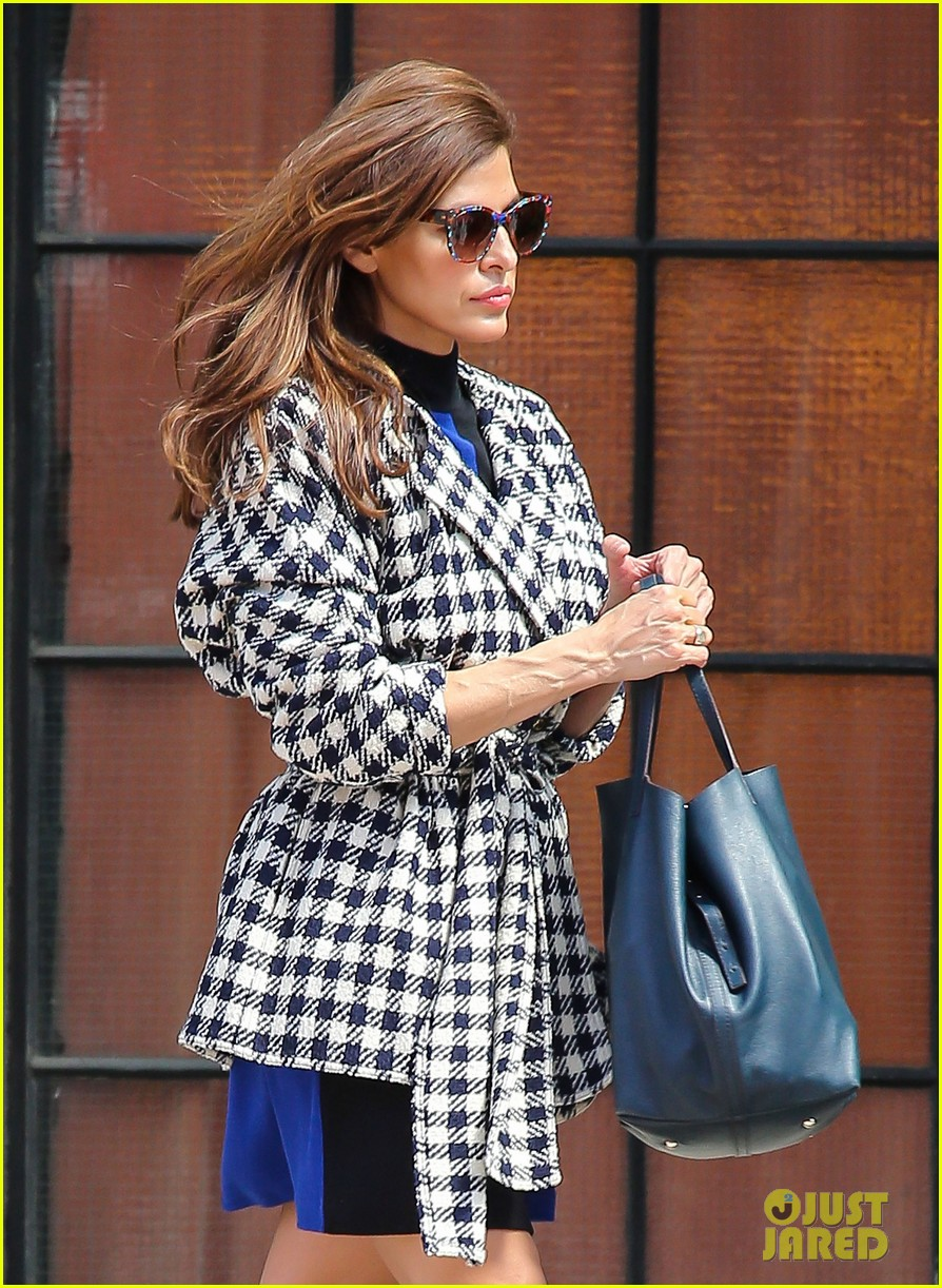 eva mendes i cant believe designers use real fur 022852792