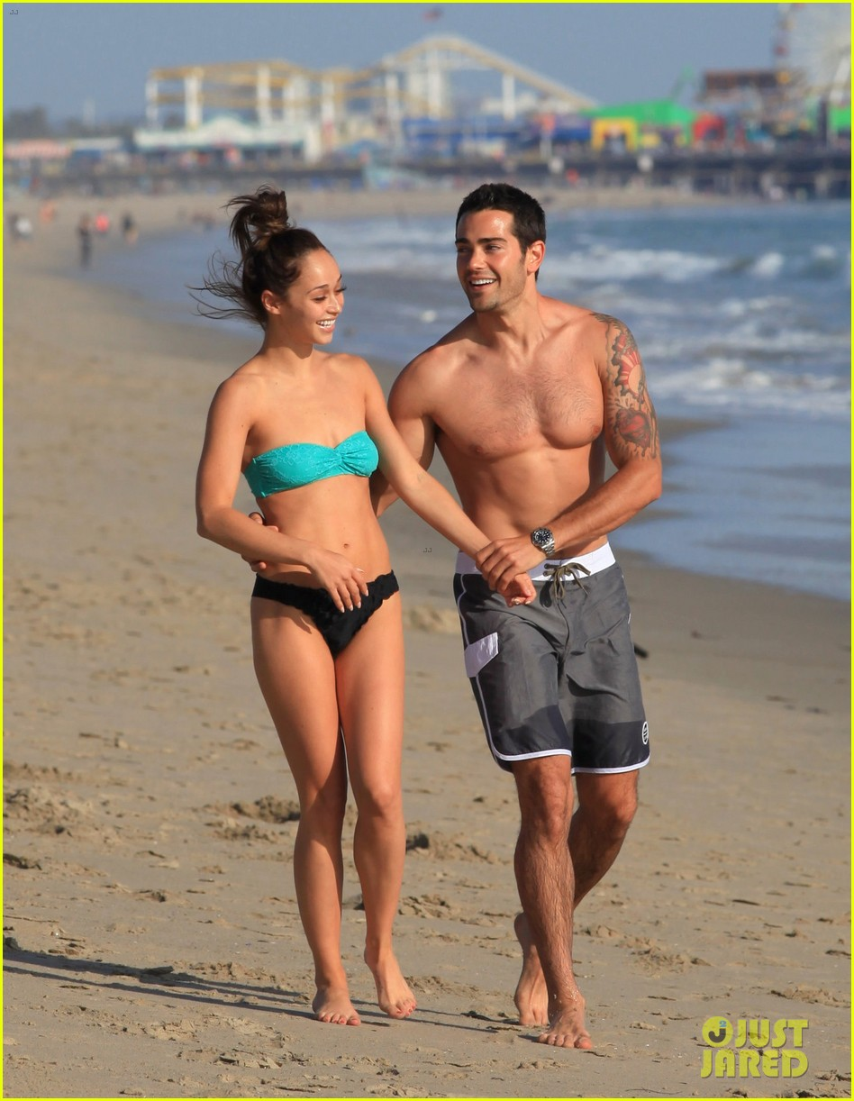jesse metcalfe shirtless six pack beach stud 03