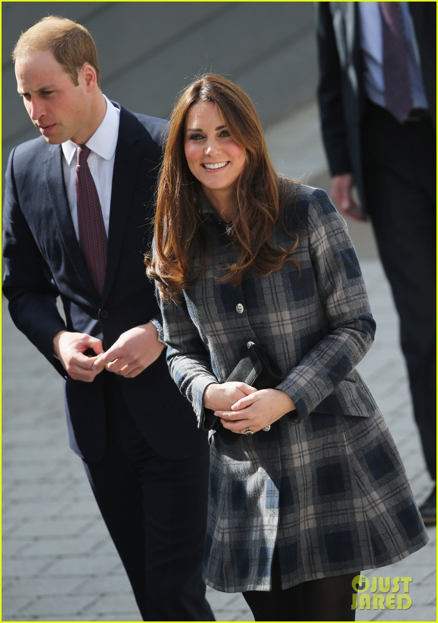 kate middleton pregnant emirates arena visit with prince william 022843105