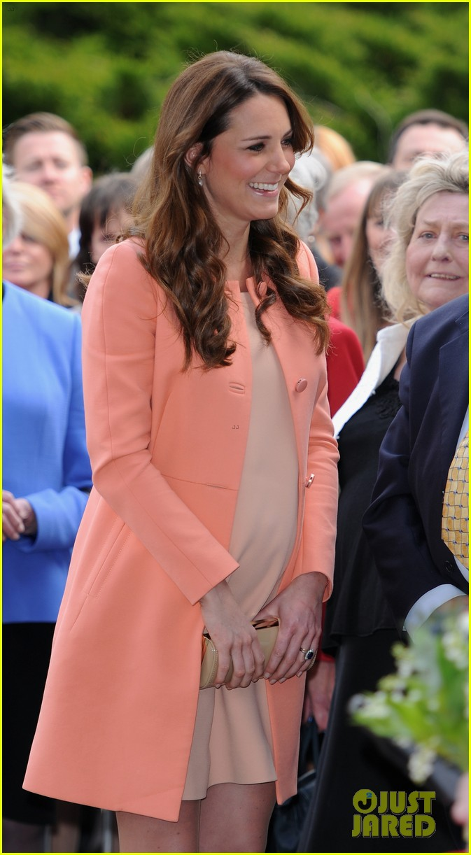 kate middleton visits naomi house speaks in recorded video 02