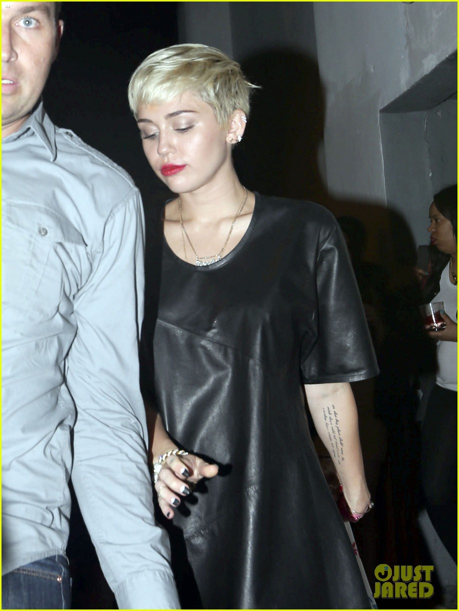 miley cyrus miami night out 04