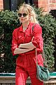 sienna miller lady in red with tom sturridge 02