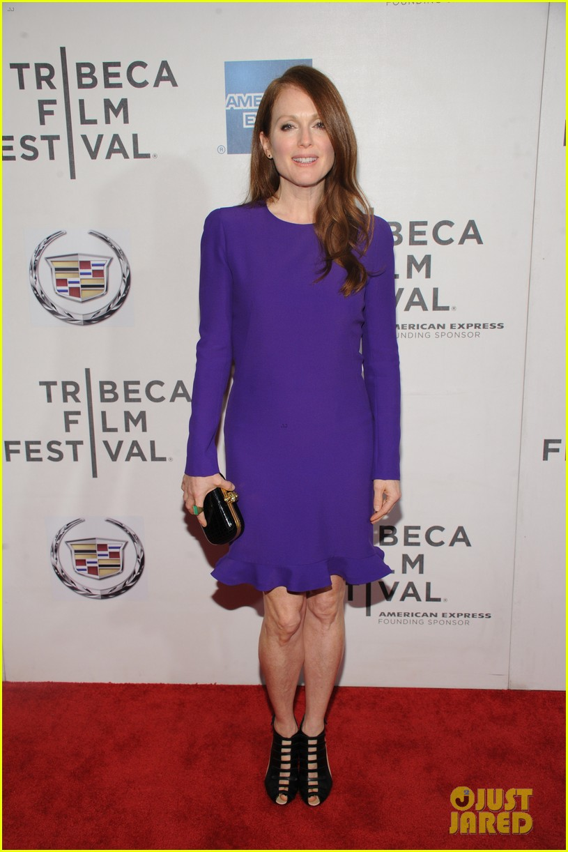 julianne moore english teacher tribeca premiere 01