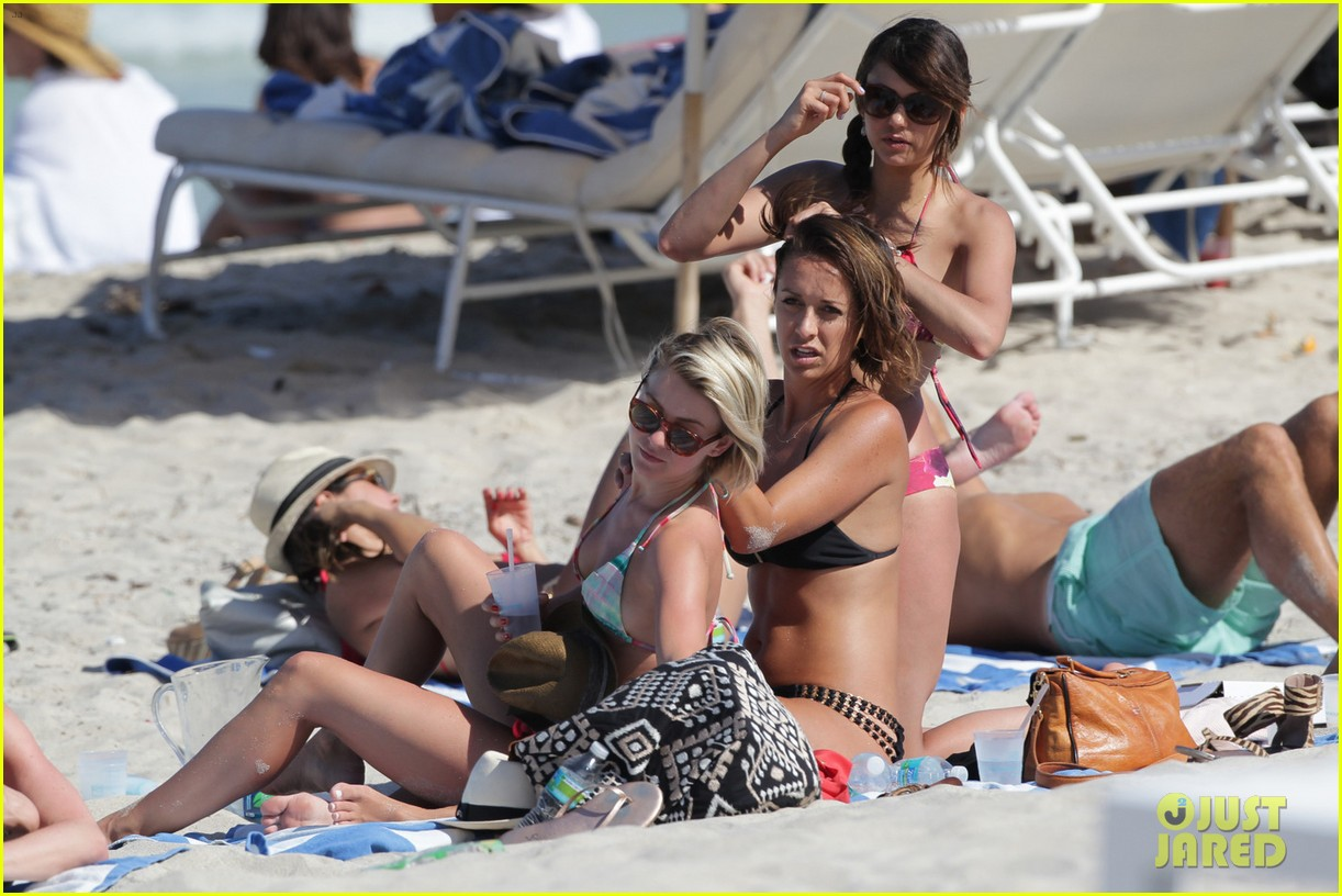 nina dobrev julianne hough beach bikini buddies 03