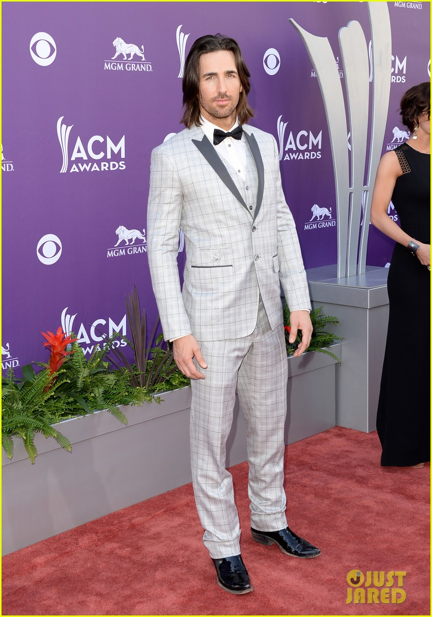 jake owen eric church acm awards 2013 red carpet 03
