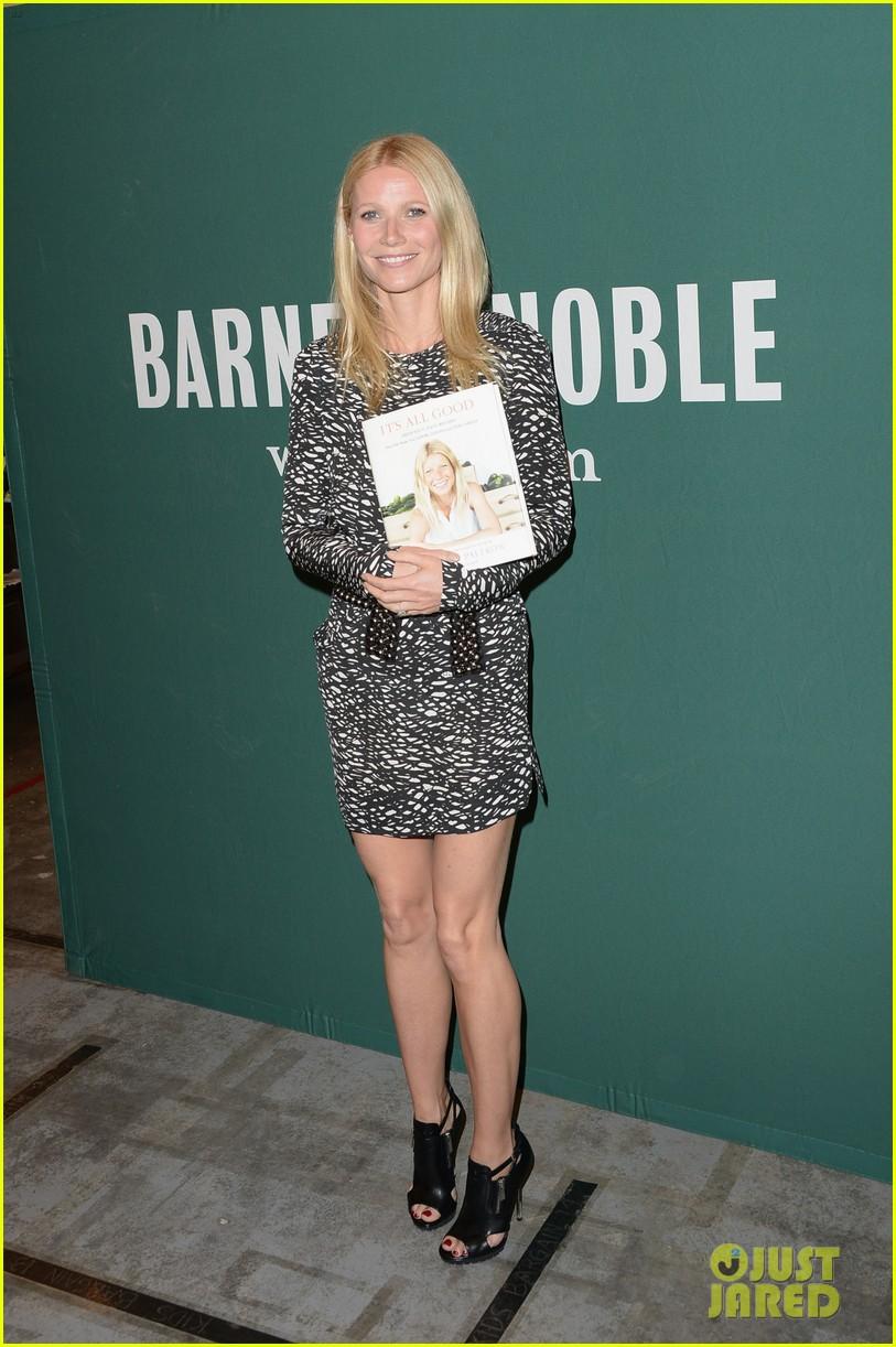 gwyneth paltrow its all good book signing 03