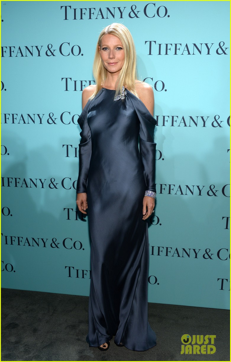 gwyneth paltrow sarah jessica parker tiffany blue book gala 01