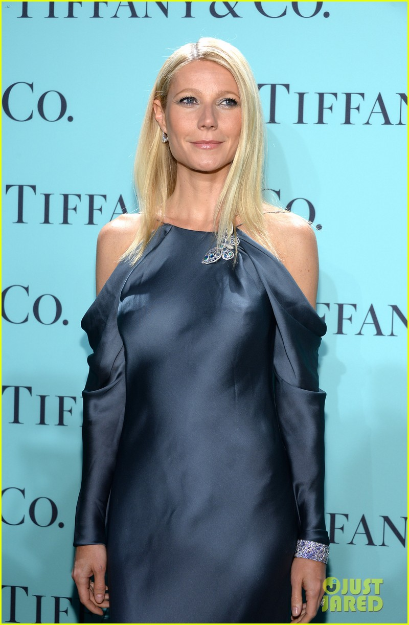 gwyneth paltrow sarah jessica parker tiffany blue book gala 092853041