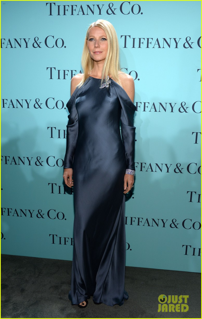 gwyneth paltrow sarah jessica parker tiffany blue book gala 102853042
