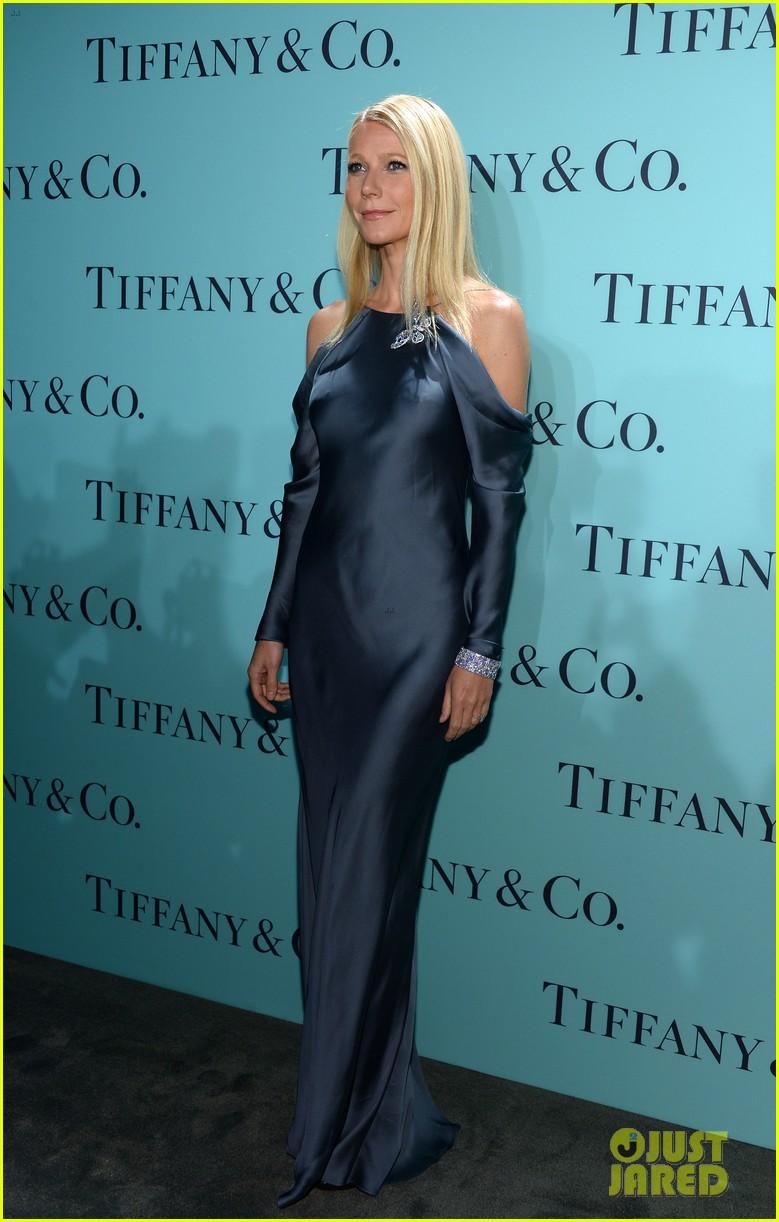 gwyneth paltrow sarah jessica parker tiffany blue book gala 13