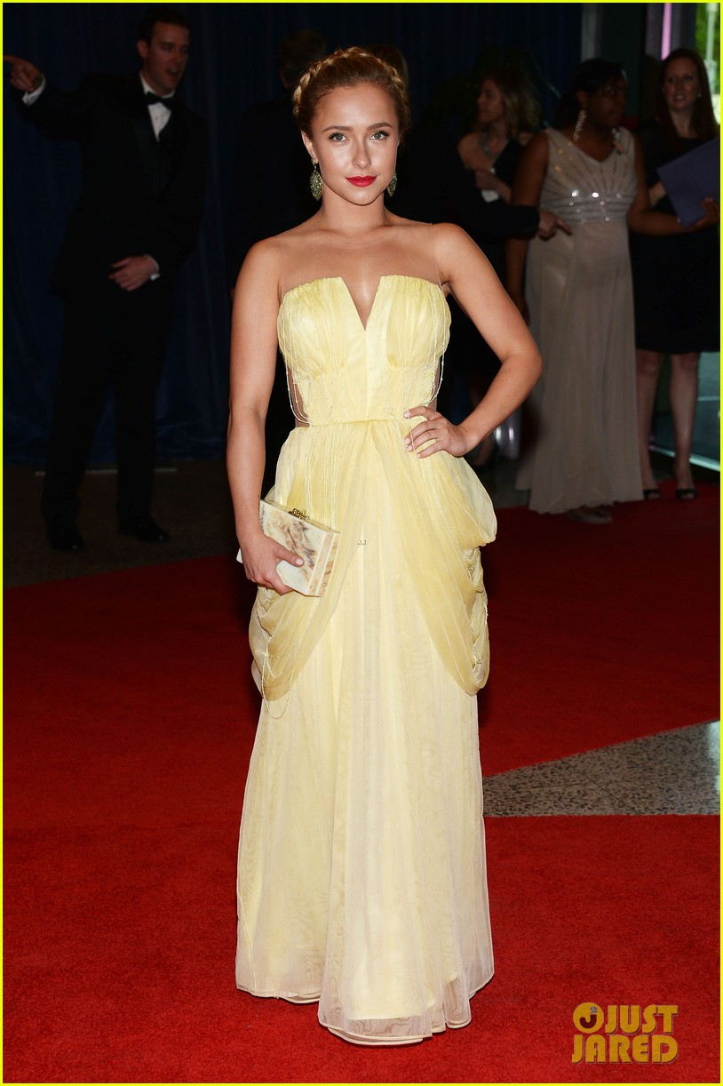 hayden panettiere white house correspondents dinner 2013 red carpet 01