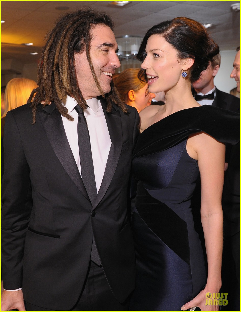jessica pare white house correspondents dinner 2013 red carpet 09