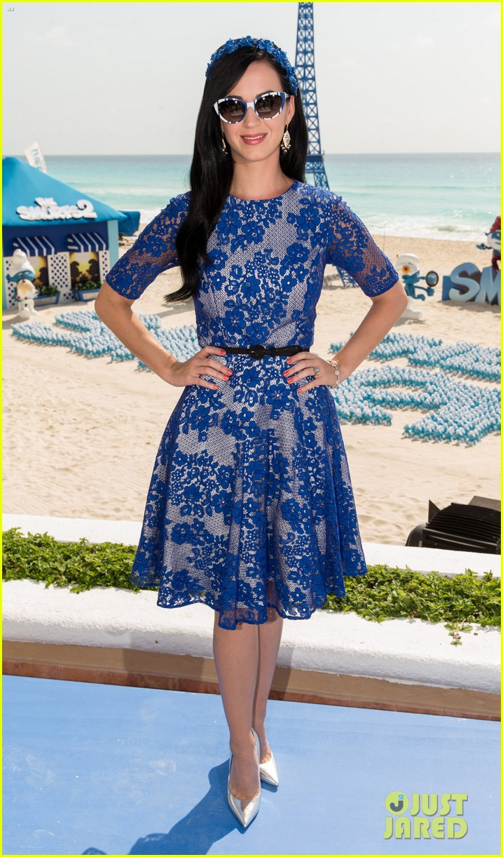 katy perry neil patrick harris smurfs 2 at summer of sony 15