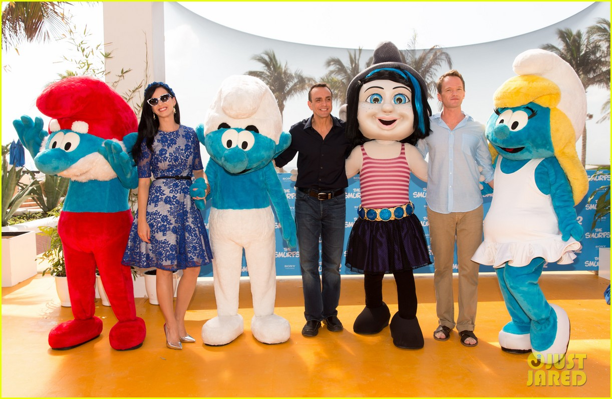 katy perry neil patrick harris smurfs 2 at summer of sony 182855747