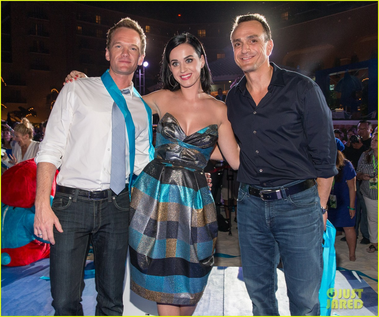 katy perry smurfs 2 summer of sony party 022856581