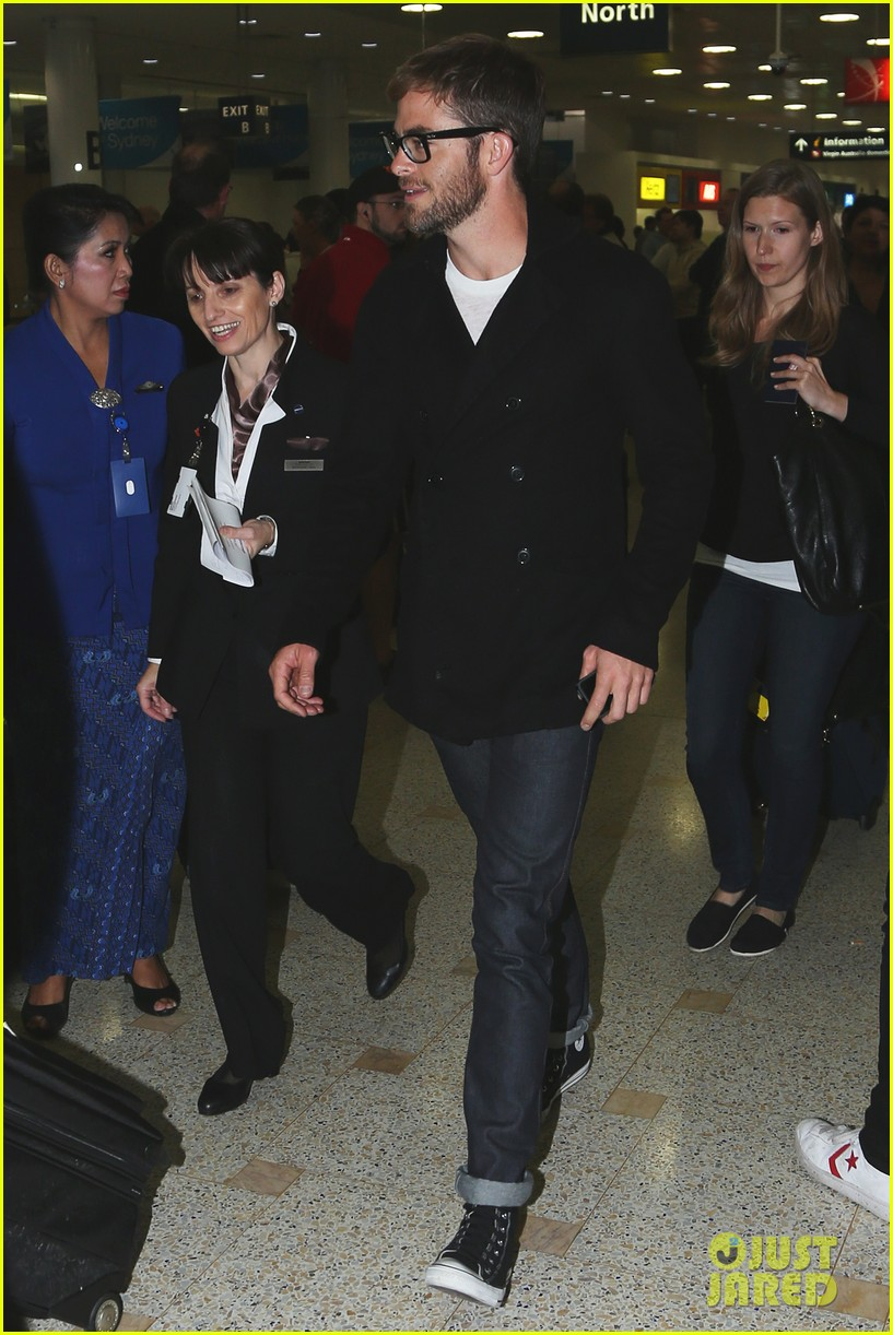chris pine from los angeles to sydney 01