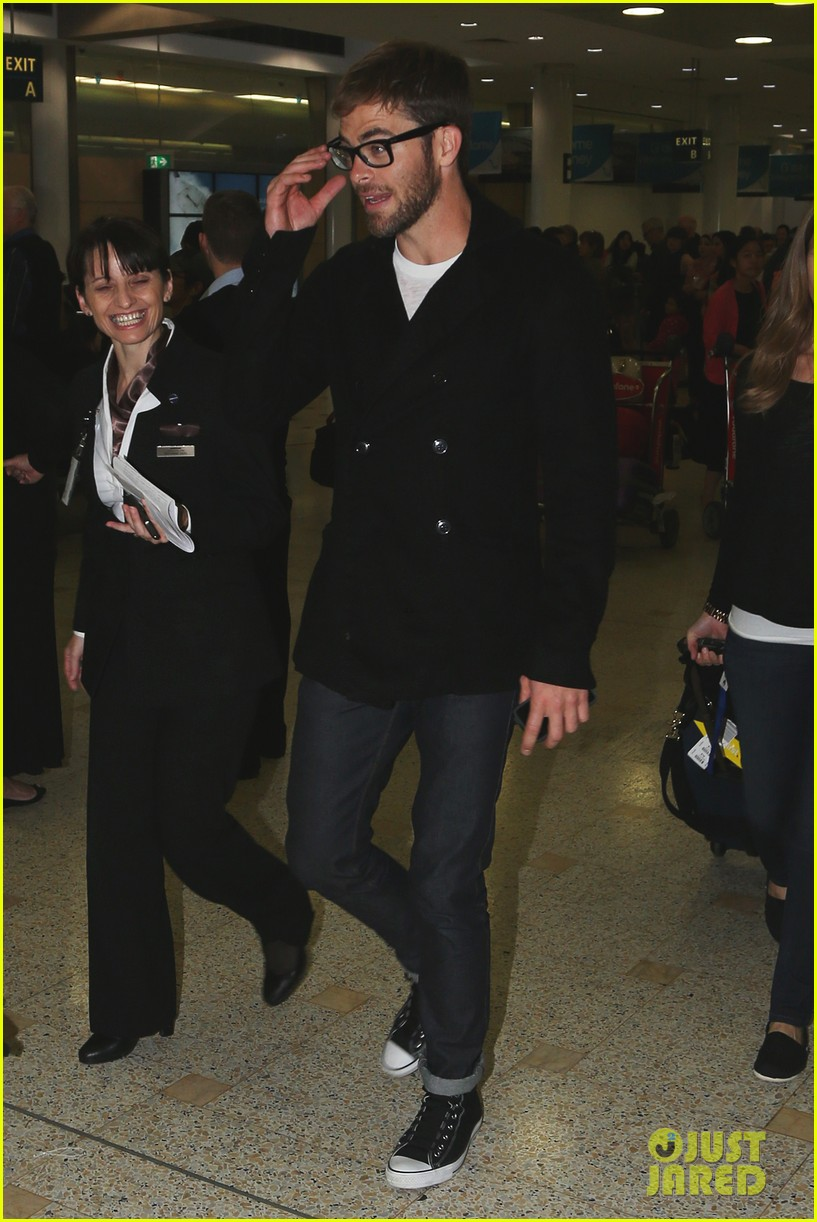 chris pine from los angeles to sydney 08
