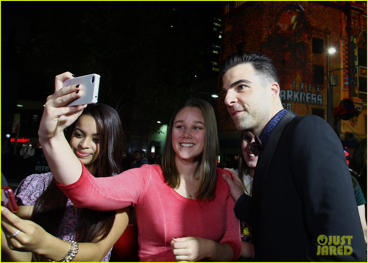 chris pine zachary quinto star trek sydney premiere 17