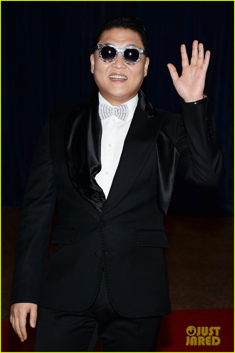 psy white house correspondents dinner 2013 06