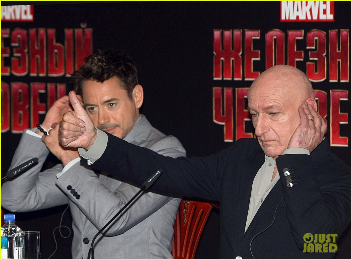 robert downey jr iron man 3 premiere press conference 092846975