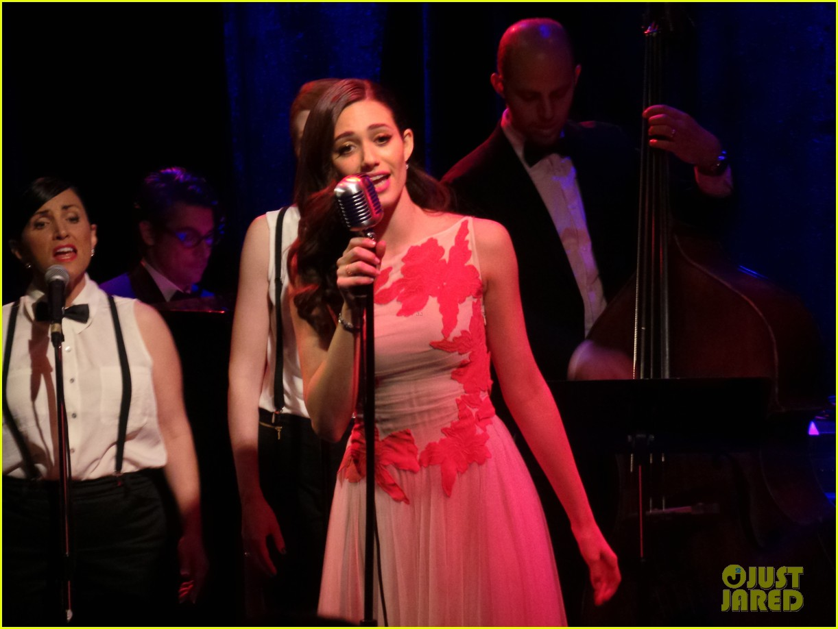 emmy rossum sayers club performance 06