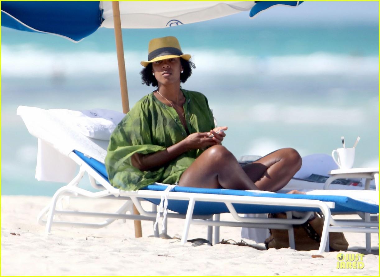 kelly rowland bikini beach calling babe 10