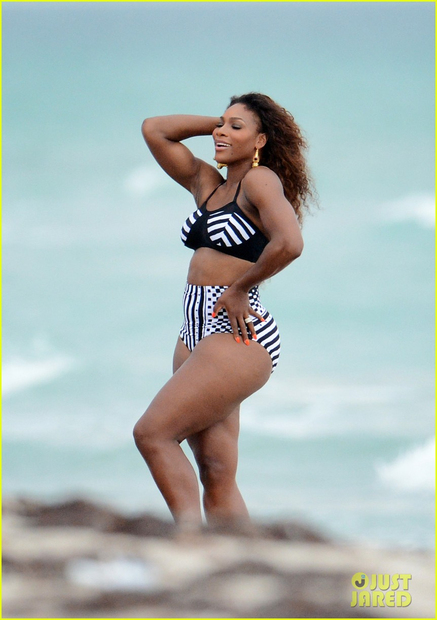serena williams bikini beach photo shoot 24