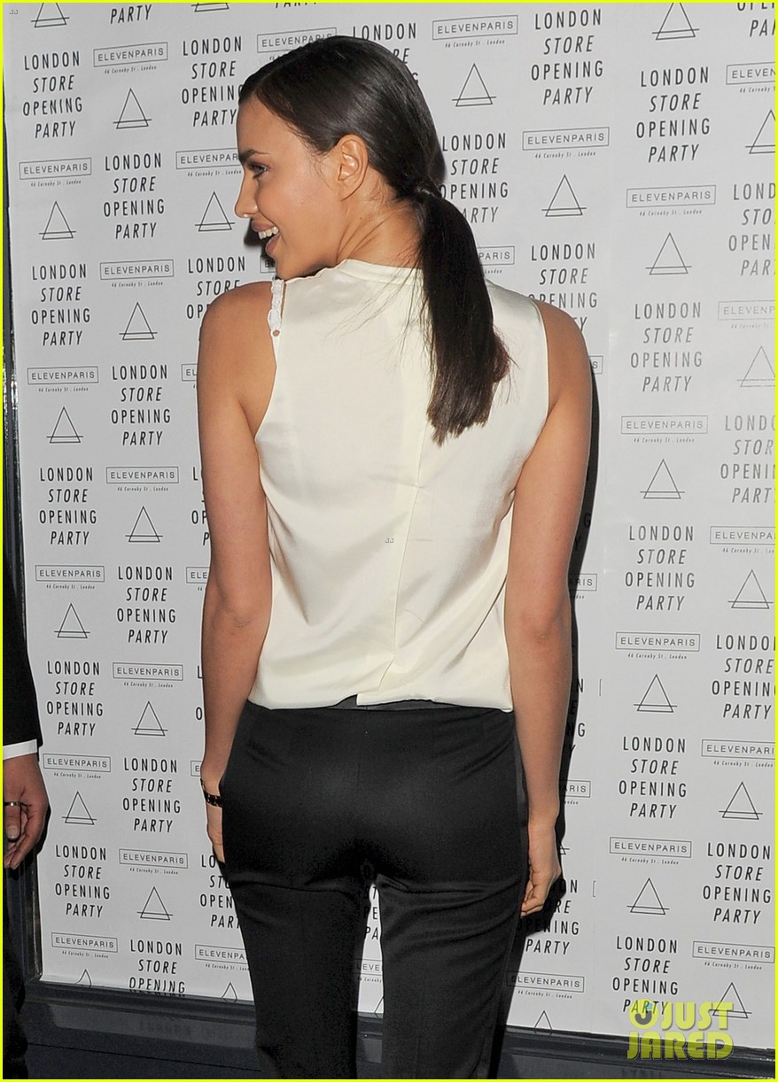 irina shayk white house correspondents dinner 2013 red carpet 15