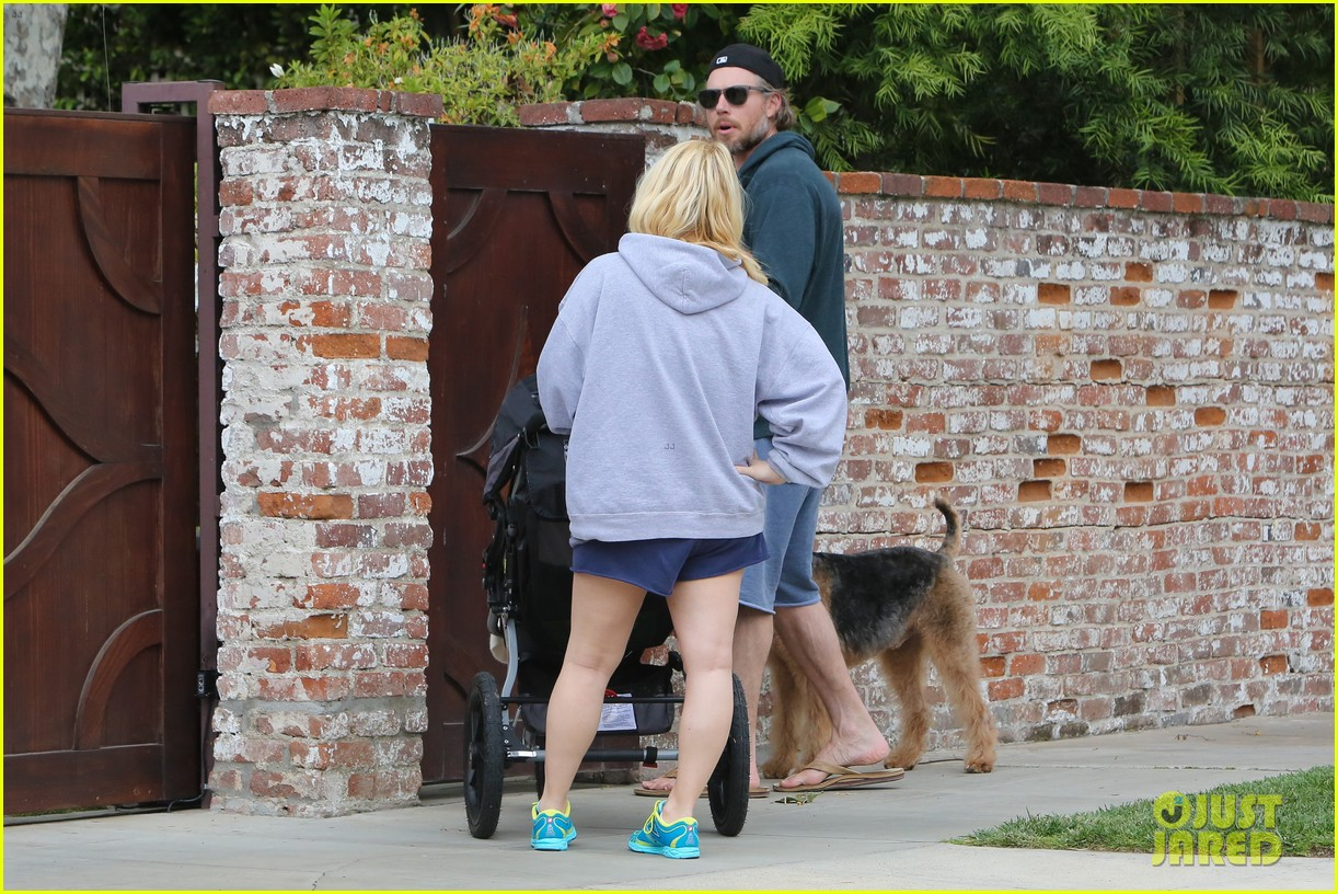 jessica simpson eric johnson eater outing with maxwell 29