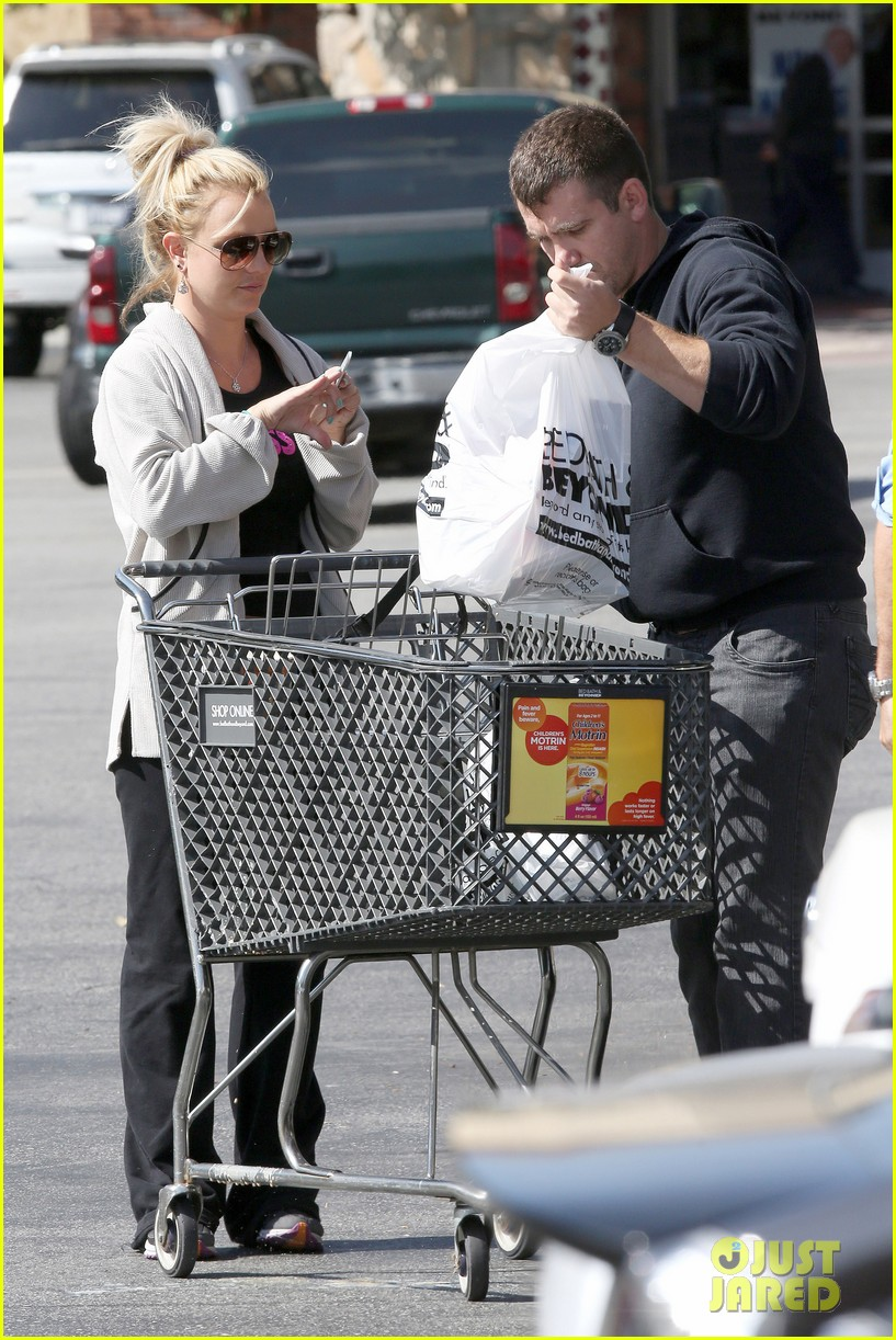 britney spears david lucado breakfast shopping duo 12