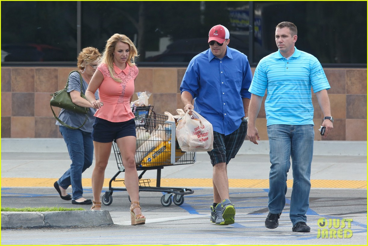 britney spears david lucado saturday ralphs run 072849518
