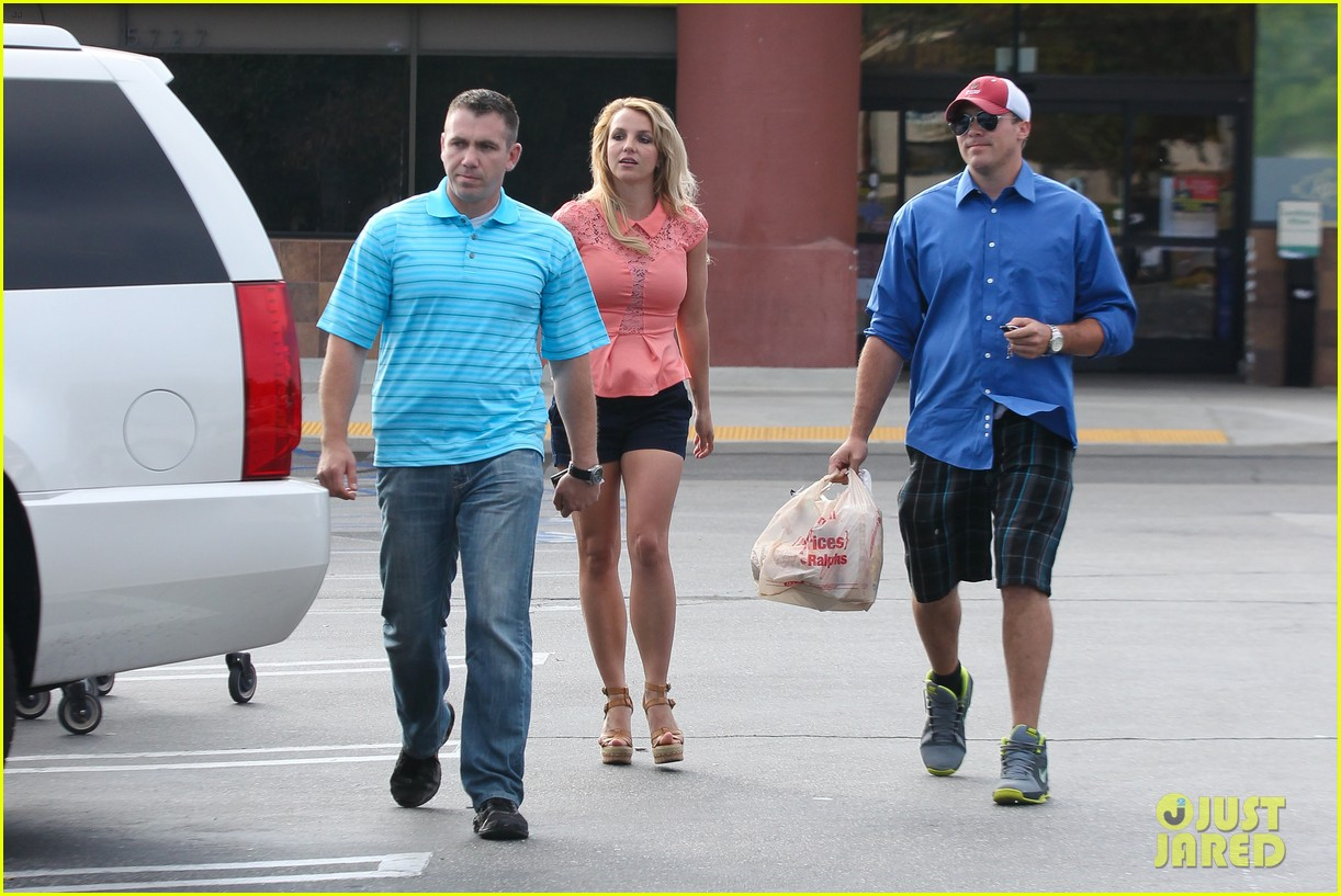 britney spears david lucado saturday ralphs run 202849531