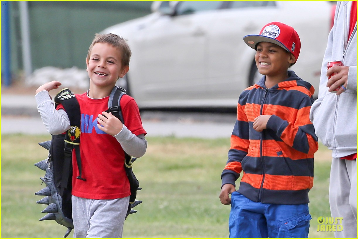 britney spears kevin federline boys sunday soccer game 21