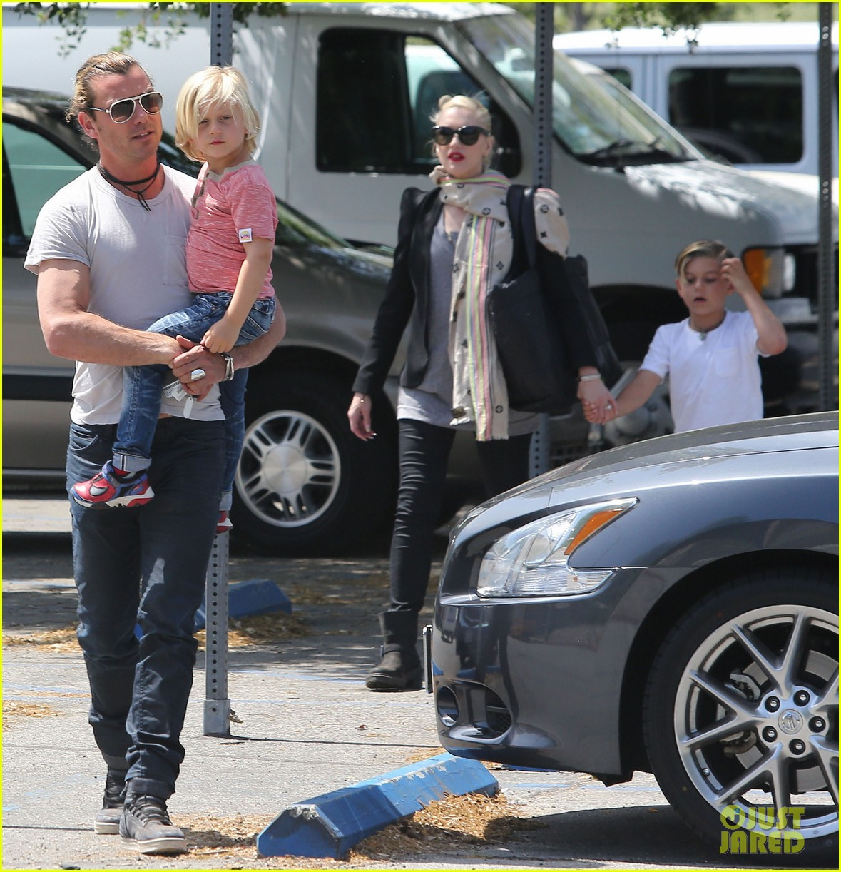 gwen stefani gavin rossdale family day at the park 08