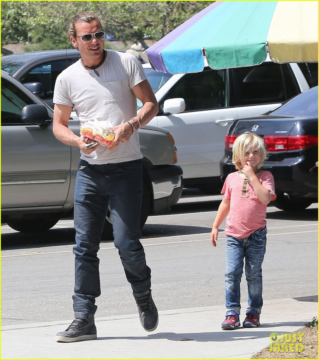 gwen stefani gavin rossdale family day at the park 09