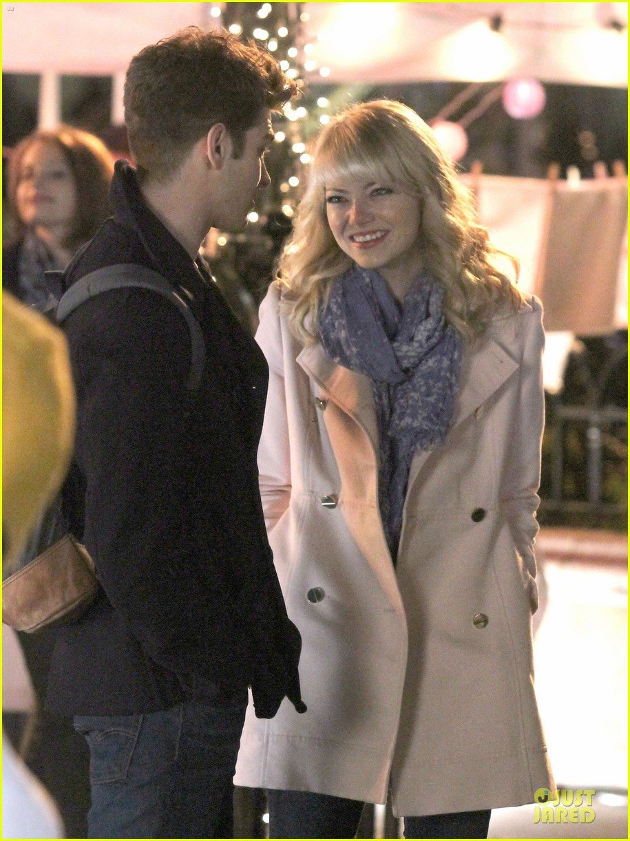 emma stone andrew garfield night scenes on amazing spiderman 2 set 072851754