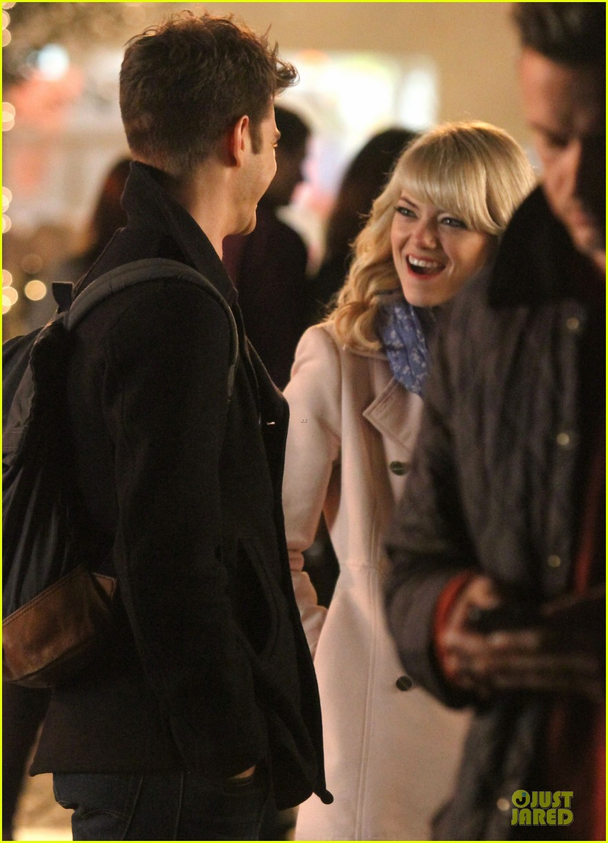 emma stone andrew garfield night scenes on amazing spiderman 2 set 21