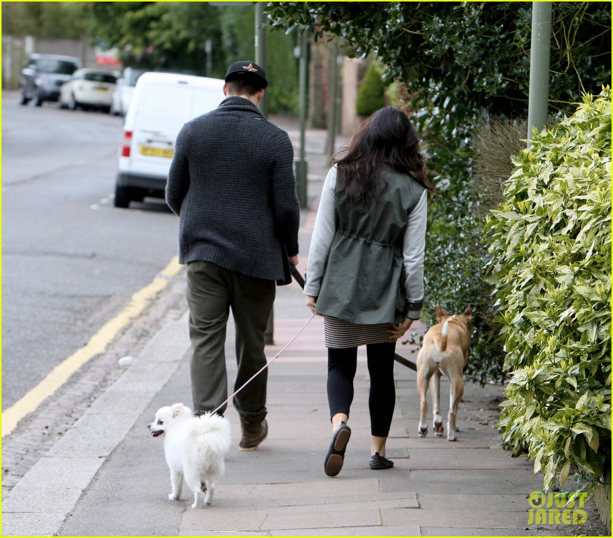 channing tatum pregnant jenna dewan london dog walk 172860582