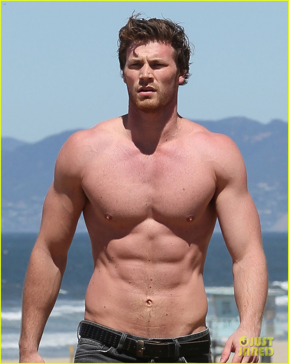 derek theler shirtless beach stud 04