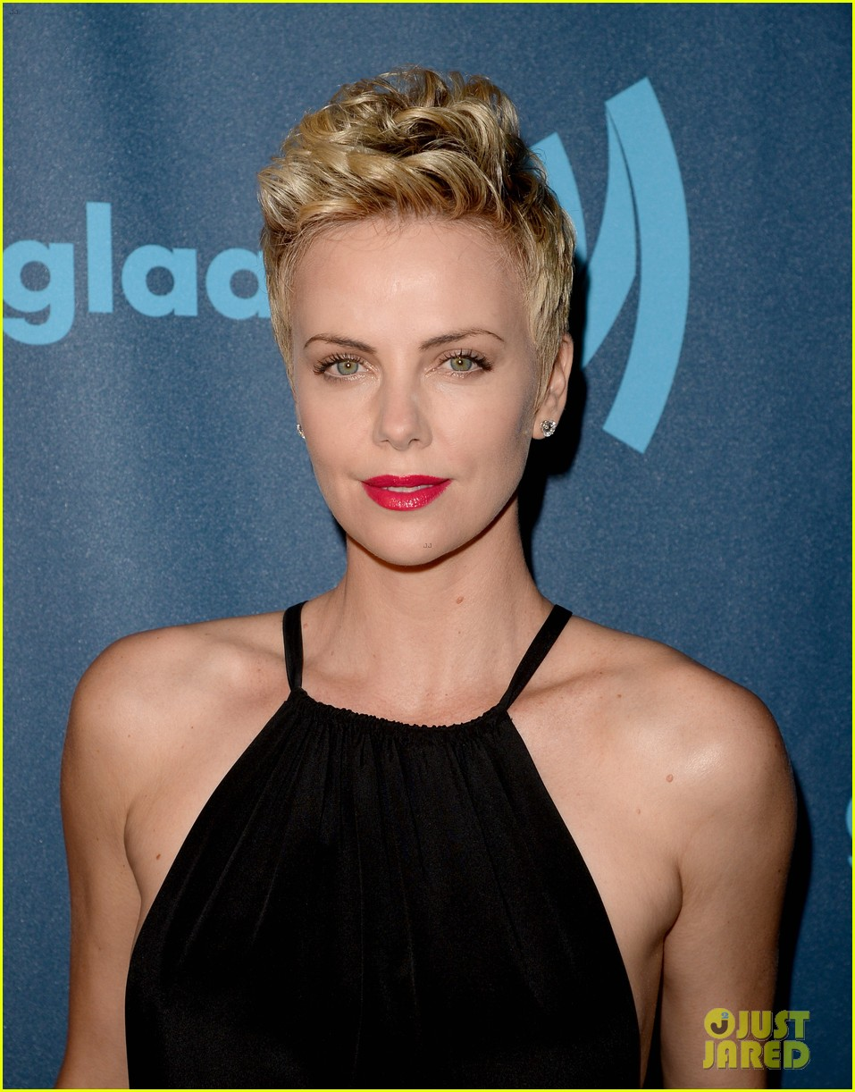 charlize theron glaad media awards 2013 red carpet 082854467