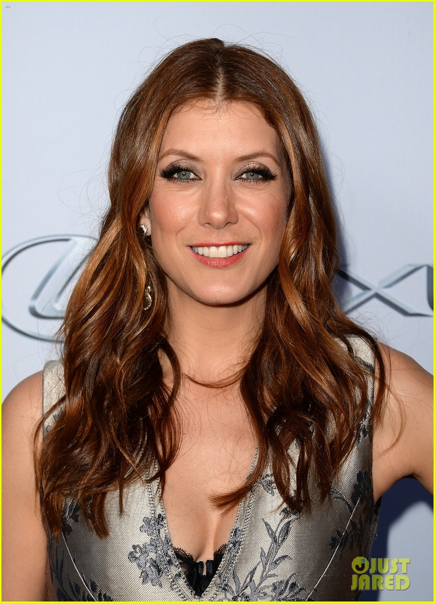 kate walsh ashley tisdale scary movie 5 premiere 11