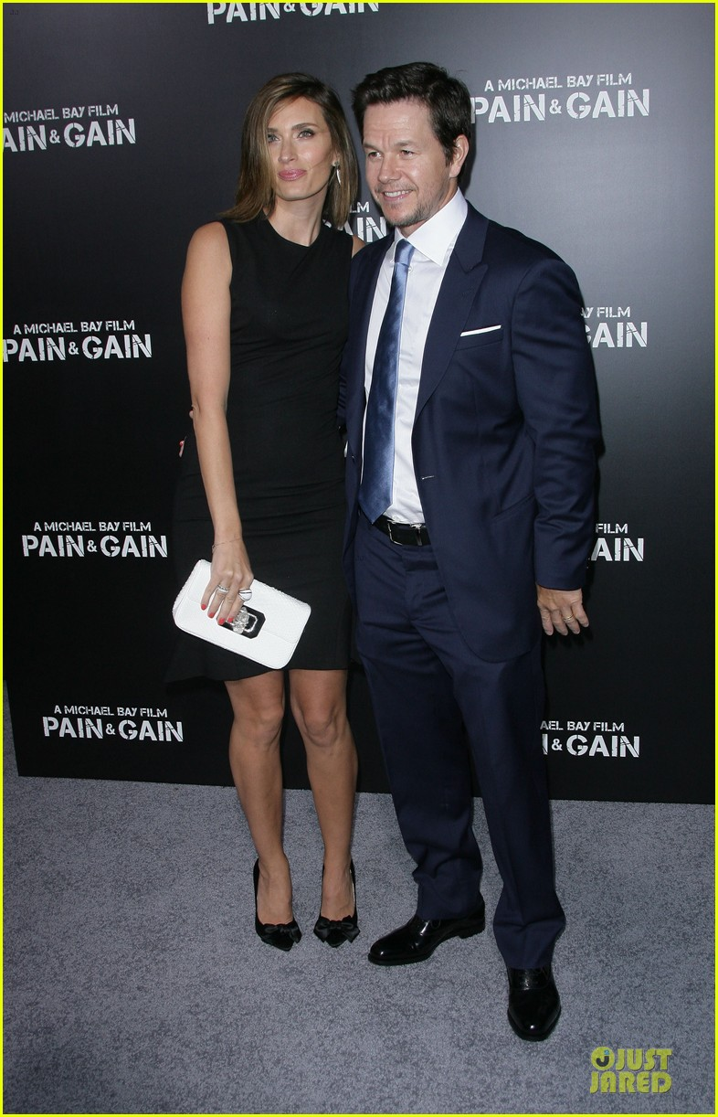 mark wahlberg rhea durham pain gain hollywood premiere 23