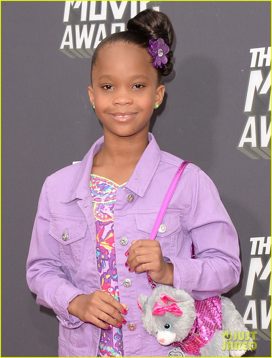 quvenzhane wallis mtv movie awards 2013 red carpet 012849954