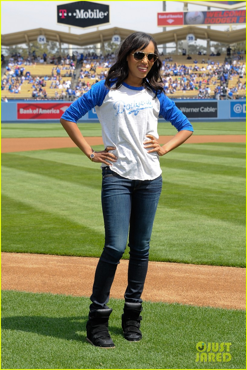 kerry washington los angeles dodgers announcer 012845338