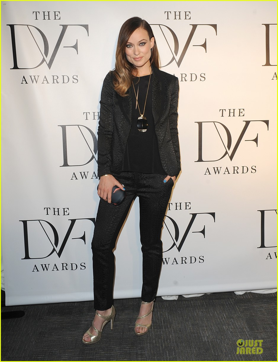 olivia wilde dvf awards with gabby douglas 01