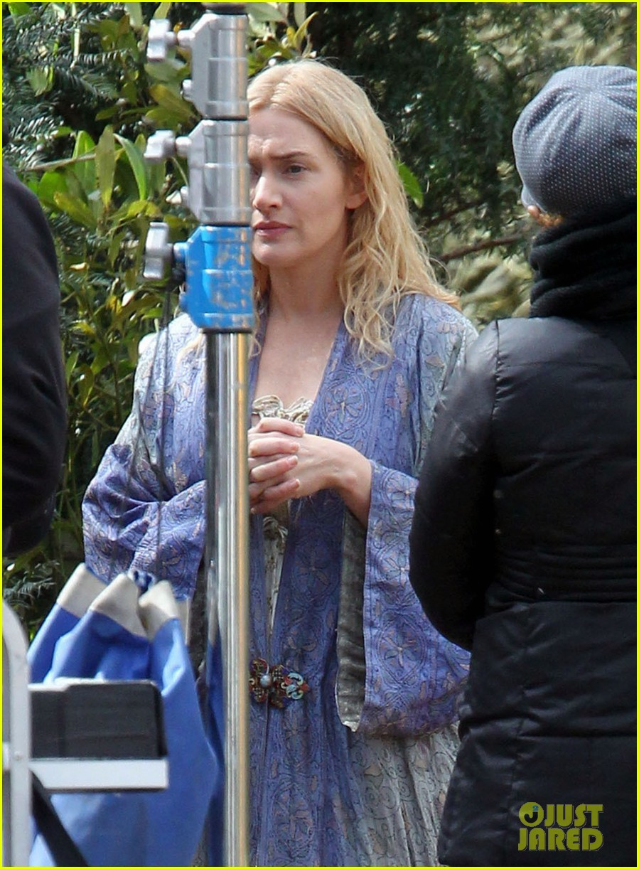 kate winslet a little chaos set with alan rickman 022855629