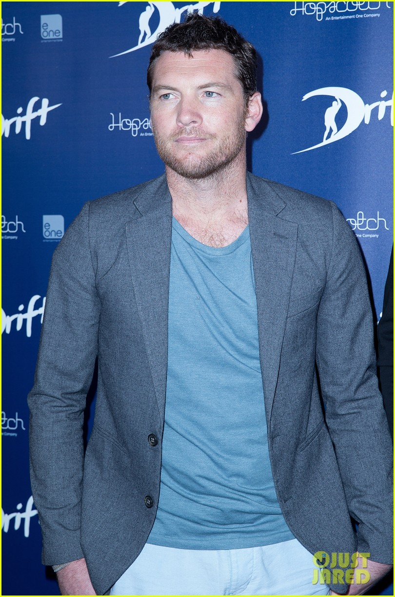 sam worthington xavier samuel drift sydney photo call 10