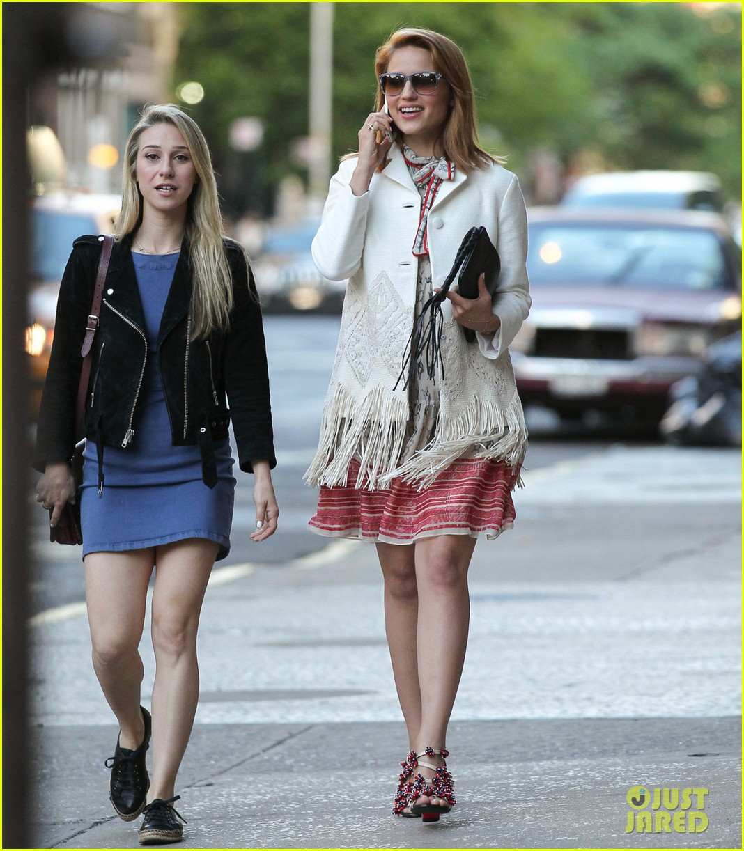 dianna agron proud of jenna ushkowitz book 03