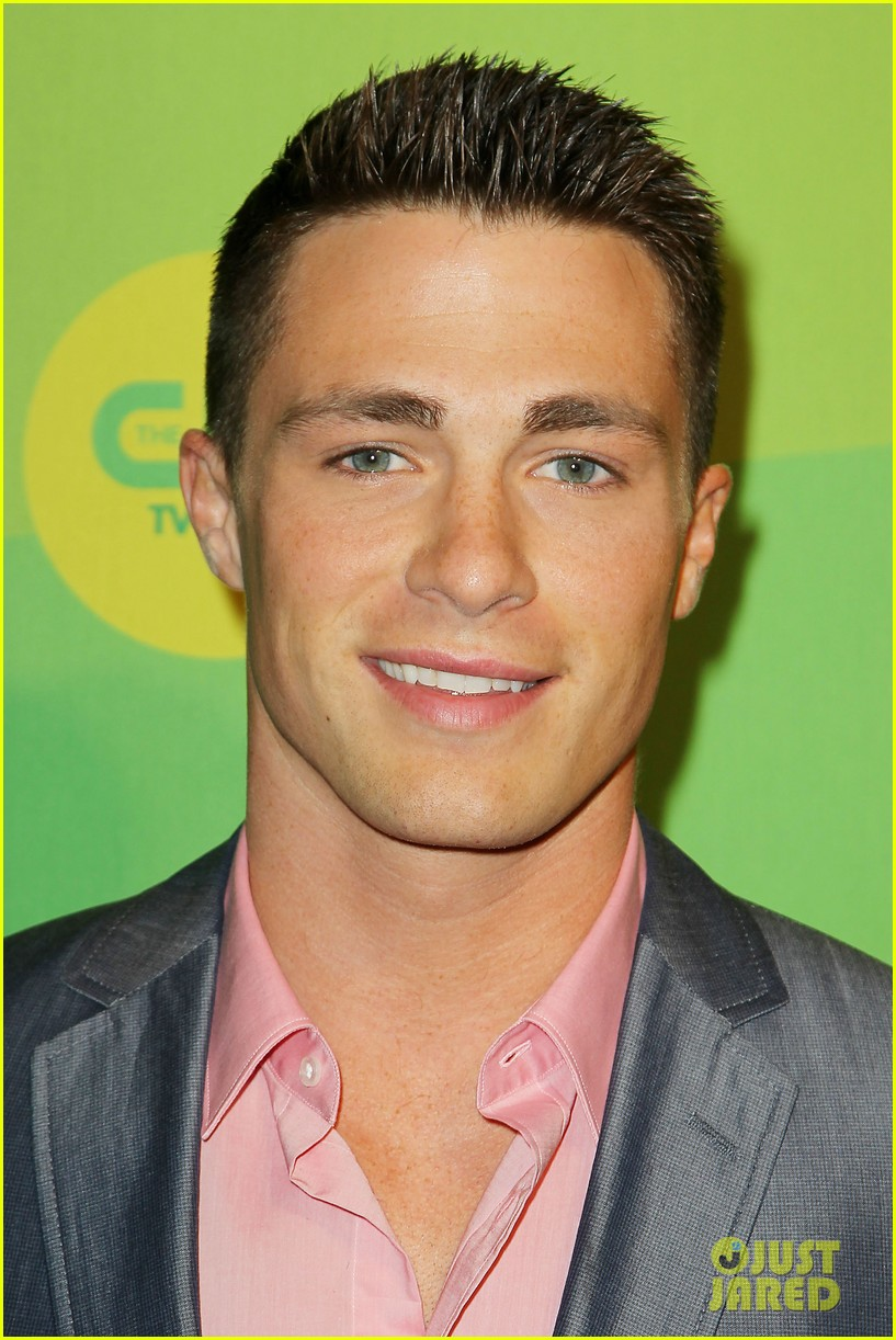 stephen amell colton haynes arrow cw upfront presentation 022871775